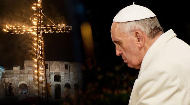 papa-francesco-colosseo-via-crucis-roma
